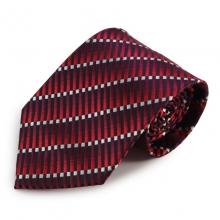 Červená mikrovláknová kravata s atypickým vzorem