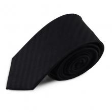 Černá úzká hedvábná kravata s decentními pruhy