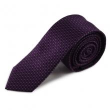 Fialová úzká hedvábná kravata s jemným vzorkem